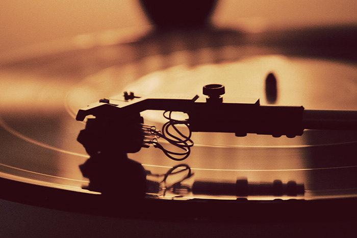 Film, Musikk & Spill