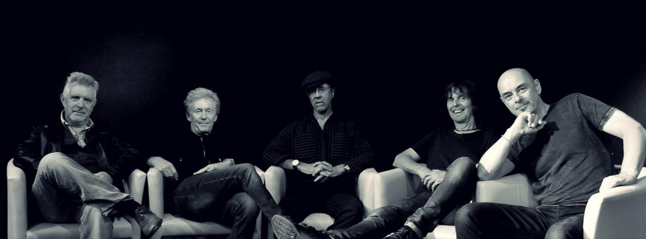 MANFRED MANN'S EARTH BAND